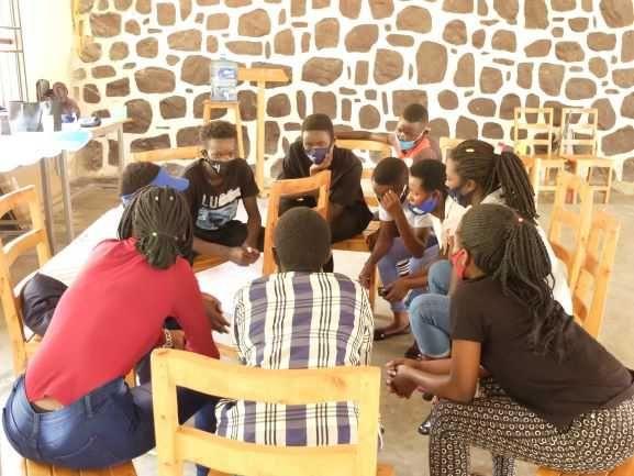 子どもたちの平和構築トレーニング